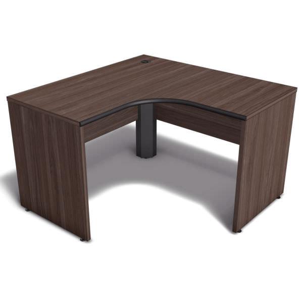 Mesa em L com pés painel e ergosoft