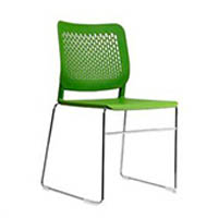 Cadeira Malika com estrutura trapezoidal (RH 7)