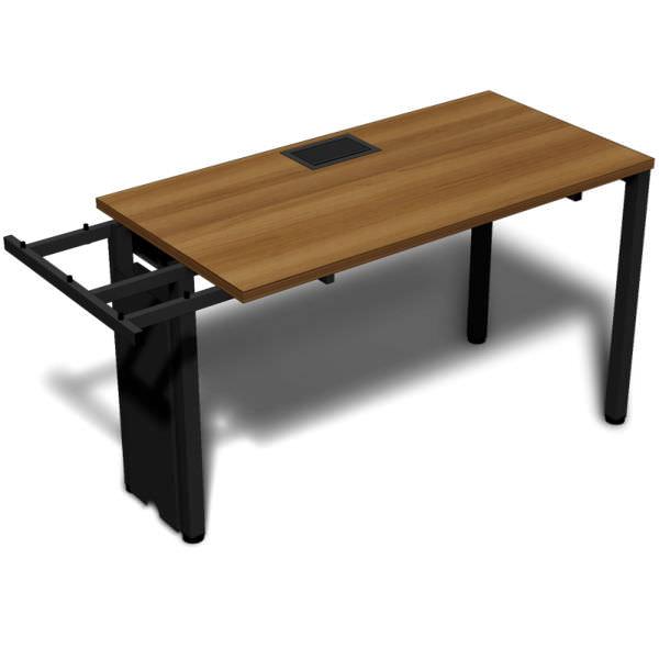 Plataforma inicial para lugares paralelos com tampo de 25 mm e caixa de tomada